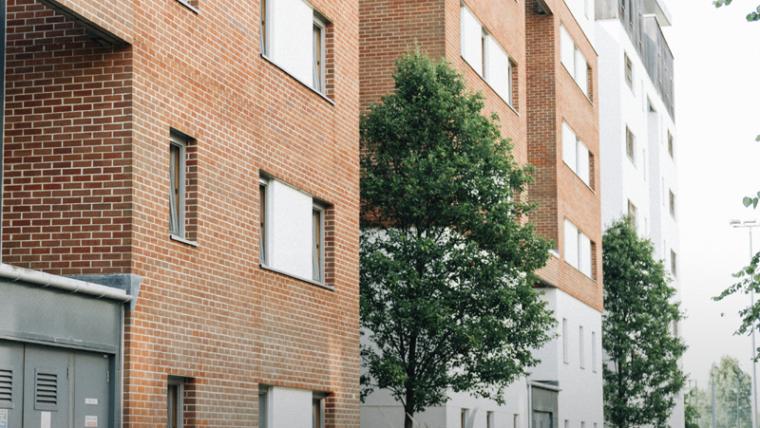 É legal a cobrança de taxa de condomínio mais alta para apartamento maior?