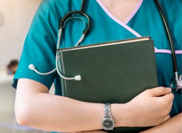 Notícia – Sancionada Lei que indeniza profissionais de saúde incapacitados pela COVID.